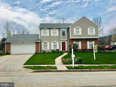 4075 W TILDEN RD, HARRISBURG, PA 17112 - Photo 1