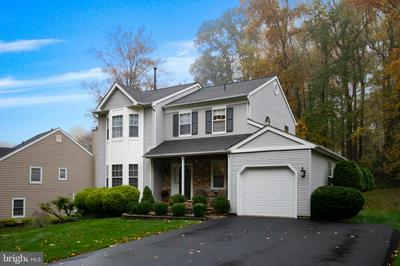 17 CANTERBURY DR, KENNETT SQUARE, PA 19348 - Photo 1