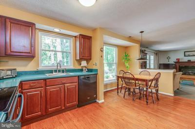 20 MASTERS CIR, MARLTON, NJ 08053 - Photo 2
