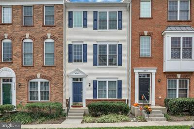 42837 SYKES TER, CHANTILLY, VA 20152 - Photo 2
