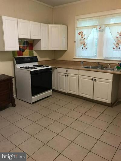 330 TYLER ST, Trenton, NJ 08609 - Photo 2