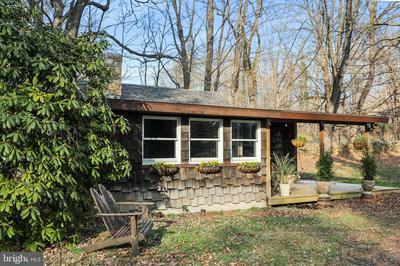1462 ZACHARY TAYLOR HWY, HUNTLY, VA 22640 - Photo 2