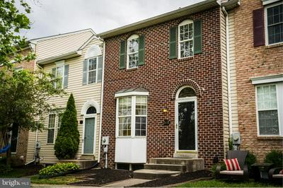 2452 LAKESIDE DR, FREDERICK, MD 21702 - Photo 2