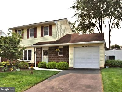 6047 EDGE AVE, BENSALEM, PA 19020 - Photo 2