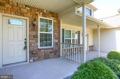 102 SCULLY PL, LEWISBERRY, PA 17339 - Photo 2