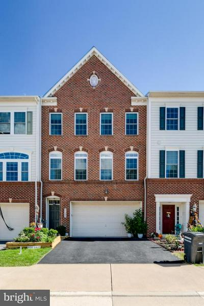21282 PARK GROVE TER, ASHBURN, VA 20147 - Photo 1