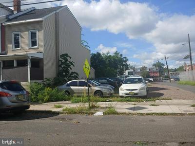35 GARFIELD AVE, TRENTON, NJ 08609 - Photo 1