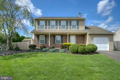 1112 DAISY LN, BENSALEM, PA 19020 - Photo 1