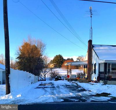 7940 TOMSTOWN RD, WAYNESBORO, PA 17268 - Photo 2