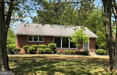 4 SUNSET DR, VOORHEES, NJ 08043 - Photo 1