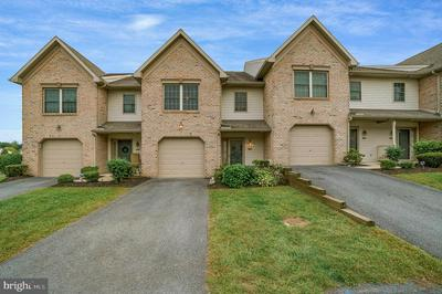 178 MELBOURNE LN, MECHANICSBURG, PA 17055 - Photo 1