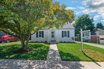 3209 MAPLE AVE, MANCHESTER, MD 21102 - Photo 1