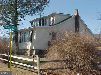 11 PONTZER RD, STRASBURG, VA 22657 - Photo 1