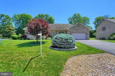 10748 APPLE TREE LN, Williamsport, MD 21795 - Photo 2