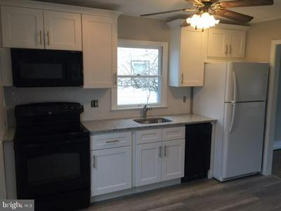 630 BARCLAY AVE, MORRISVILLE, PA 19067 - Photo 2