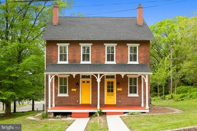 440 BORO MILL HILL RD, DOYLESTOWN, PA 18901 - Photo 2