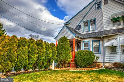 28 MYRTLE AVE, TRENTON, NJ 08648 - Photo 1