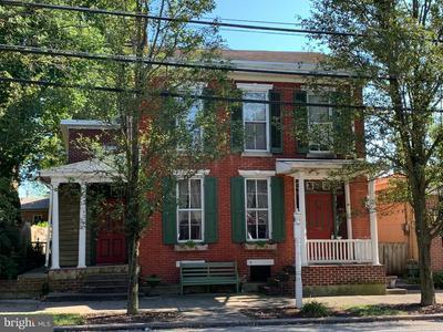 3 LINCOLN WAY W, NEW OXFORD, PA 17350 - Photo 1