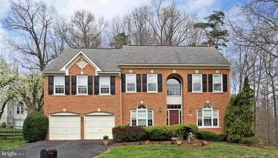 8604 CHASE POINTE WAY, FAIRFAX STATION, VA 22039 - Photo 1