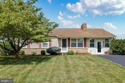 13622 DIXIE DR, HAGERSTOWN, MD 21742 - Photo 1