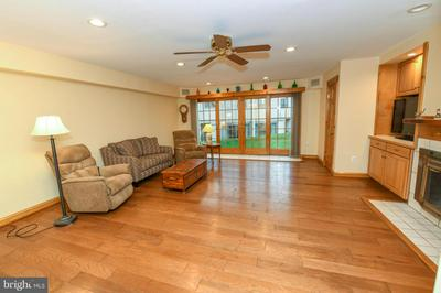 41 TWIN BROOKS DR # 41F, WILLOW GROVE, PA 19090 - Photo 2
