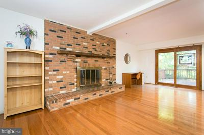 8069 PRELUDE LN, JESSUP, MD 20794 - Photo 2