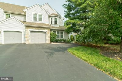 112 FILLY DR, NORTH WALES, PA 19454 - Photo 2