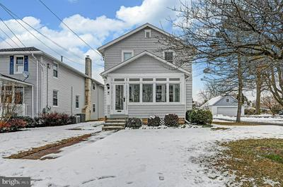 261 S LINCOLN AVE, NEWTOWN, PA 18940 - Photo 1