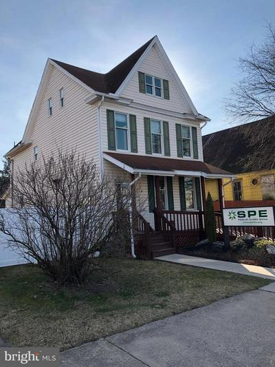 1211 WASHINGTON ST, HUNTINGDON, PA 16652 - Photo 2