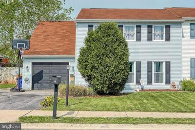 30 EVERGREEN TER, MANCHESTER, PA 17345 - Photo 1