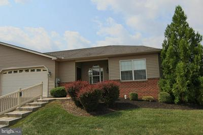 193 MEADOWVIEW DR, HARRISBURG, PA 17111 - Photo 2