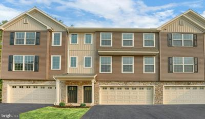 519 BROOK SHIRE CT, MECHANICSBURG, PA 17055 - Photo 1