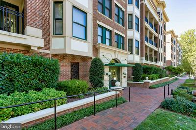 10400 STRATHMORE PARK CT # 1-103, ROCKVILLE, MD 20852 - Photo 1