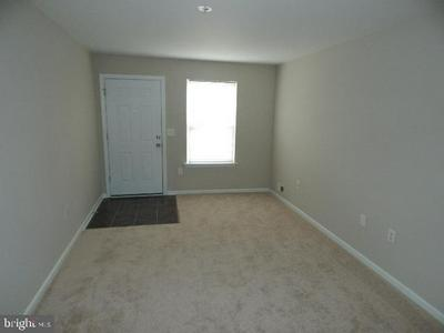15 MANOR DR, BURLINGTON, NJ 08016 - Photo 2