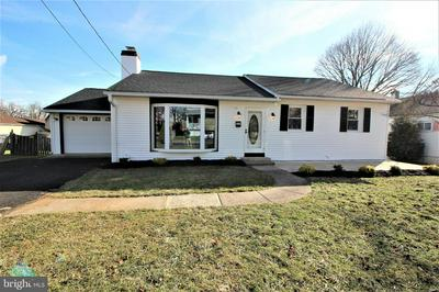 1649 ARNOLD AVE, WILLOW GROVE, PA 19090 - Photo 1