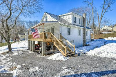1116 RED HILL RD, DAUPHIN, PA 17018 - Photo 2