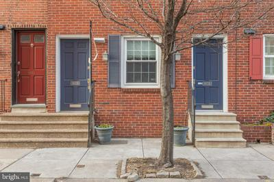 1833 LOMBARD ST, PHILADELPHIA, PA 19146 - Photo 2