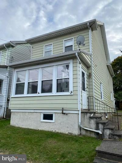 20 E OAK ST, WEST HAZLETON, PA 18202 - Photo 1