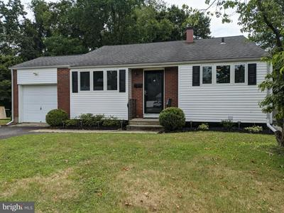 2 QUAY CT, Hamilton, NJ 08620 - Photo 1