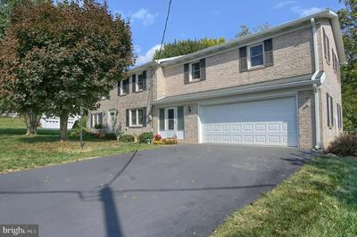 28 BELAIR DR, DILLSBURG, PA 17019 - Photo 2