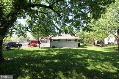 54 SILVERBELL RD, LEVITTOWN, PA 19056 - Photo 1