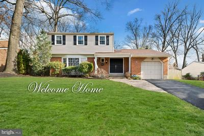 13 FOREST HILL DR, CHERRY HILL, NJ 08003 - Photo 1