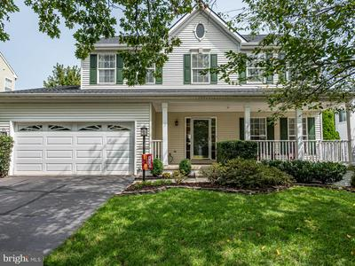 42852 CROSSBOW CT, ASHBURN, VA 20147 - Photo 2