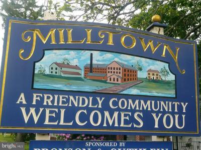 93 HIGHLAND DR, MILLTOWN, NJ 08850 - Photo 2