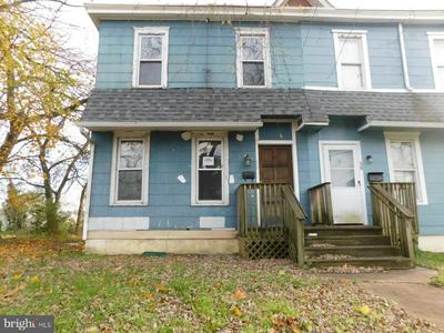 36 W BROWNING RD, BELLMAWR, NJ 08031 - Photo 1