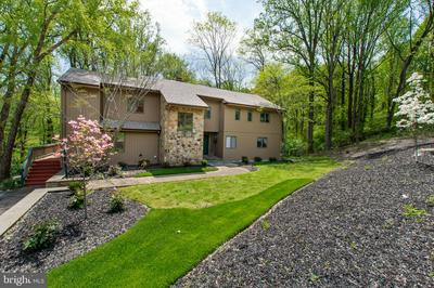 122 SHADOW LN, CHADDS FORD, PA 19317 - Photo 1