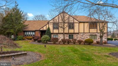 1995 PEPPERMINT RD, COOPERSBURG, PA 18036 - Photo 1