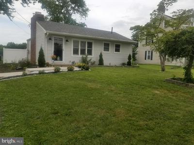273 CROSSWICKS RD, BORDENTOWN, NJ 08505 - Photo 1
