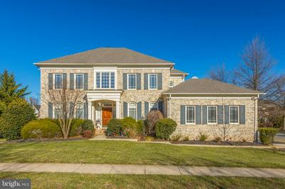 22995 FALCON RIDGE CT, ASHBURN, VA 20148 - Photo 1