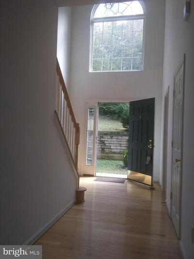 528 POWELL DR, ANNAPOLIS, MD 21401 - Photo 2